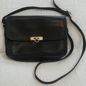 🍂Vintage leather crossbody saddle bag